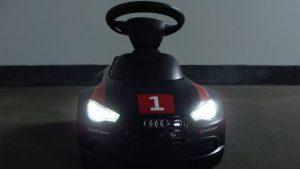 Audi Rutschauto Junior Quattro Motorsport mit LED-Licht